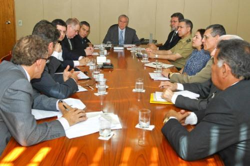 Presidente em exercício Michel Temer durante reunião para tratar sobre os conflitos agrários na Amazônia. Foto: Aluizio Assis/Vice-Presidencia.
